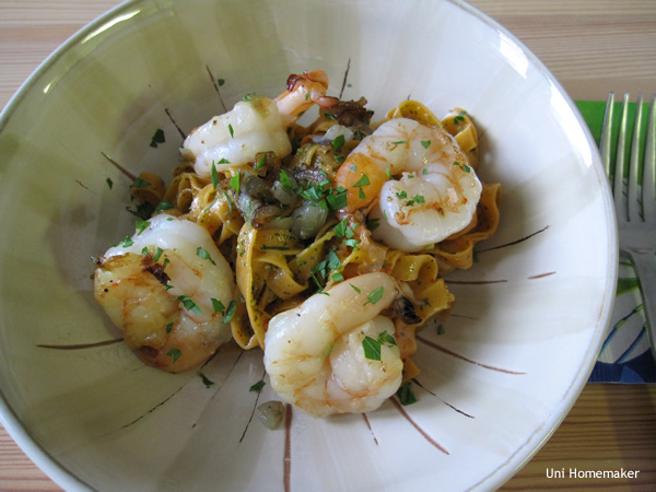 Red Pepper Linguini Pesto with Shrimp