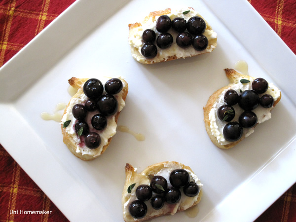 Roasted Blueberry Ricotta Crostini
