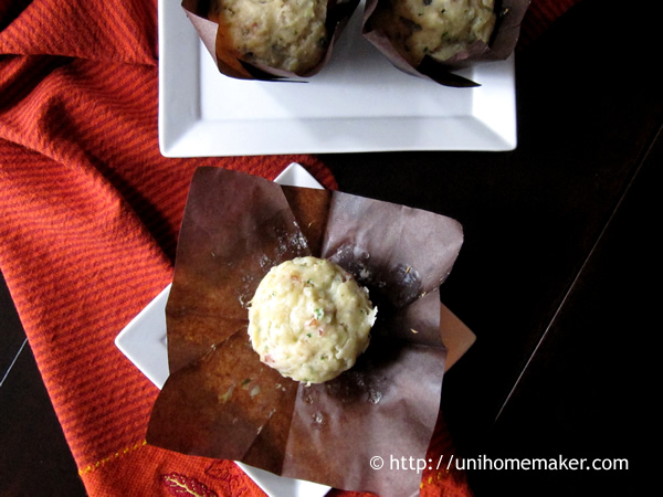 Bacon and Gorgonzola Muffins